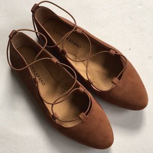 Like new Lucky Brand leather flats
